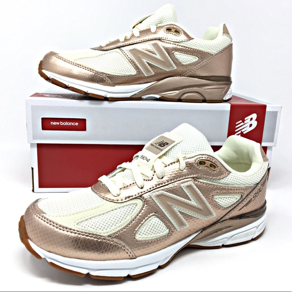 new product ffbdc 21a41 HP Girls New Balance 990 V4 Gold Running Shoes NEW NWT